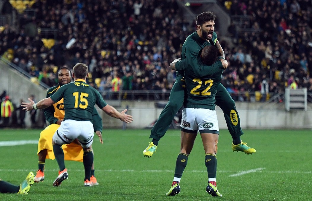 Springboks celebrate defeating the All Blacks
